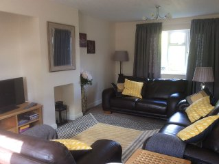 Three bedroomed homely house with garden and off street parking in Oakham.