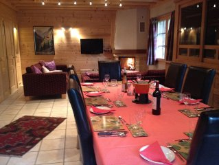 Luxurious Large Chalet 400m From Ski Lift, Hot Tub, Woodstove