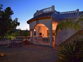 Luxueuze villa met privezwembad in een echte Spaanse omgeving - Gratis WIFI