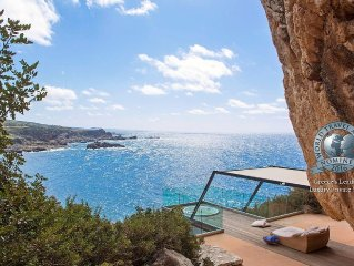 Villa Neptune - Top 20 Villas with big pools in the Mediterranean by THE TIMES