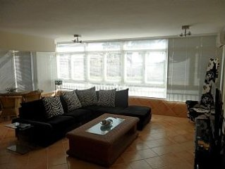 Bright, Modern, 2 Bedroom Apartment, Ground Floor With Pool And Port Views