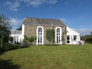A Converted Old Chapel Surrounded by Countryside Views, 10min drive to the Beach