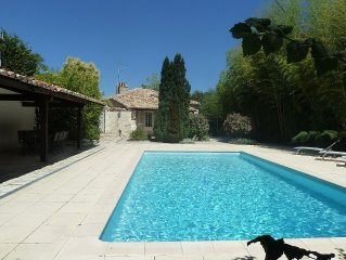 Beautiful character house with private pool 2km from the village Montcuq