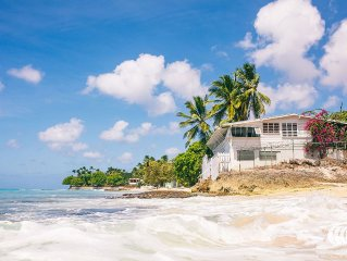 3 Bedroom House With Beachfront Location