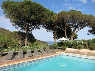 Propriété d'exception, vue panoramique sur mer, piscine chauffée, tennis privé