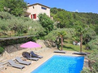 Entre Ventoux et Luberon - La Roque/Pernes - Demeure de charme avec piscine.