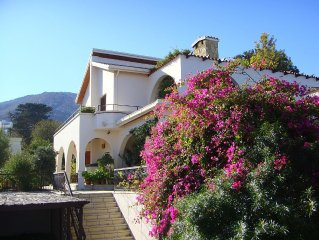 Secluded family villa in a wonderful village
