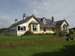 Large Holiday Cottage for Family or Other Groups near Bude's beaches in Cornwall