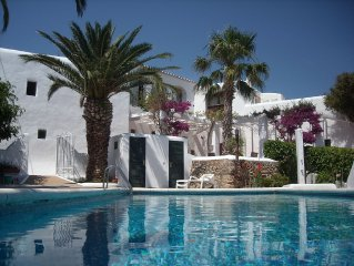 IbizaPuigBlanc. Traditional Villa restored. Overlooking Port and Historic City