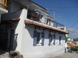 KORONI HOUSE WITH STUNNING VIEWS