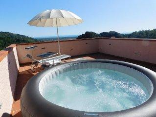 'ROOM VETIZIA' SEA 5 kilometers from the beaches of Forte dei Marmi