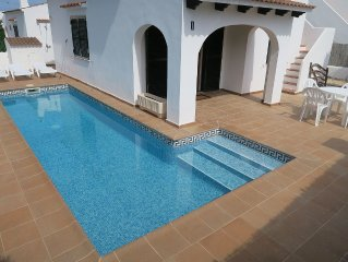 Beautiful Renovated Detached 3 Bedroom Villa with Private Pool and Sea Views