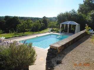 Dordogne house in delightful valley with private pool