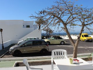 Delightful 1 bedroom apartment with pool and sea view with large sun terrace.