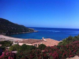Tizzano: Villa avec vue exceptionnelle sur la mer, à deux pas de la plage.