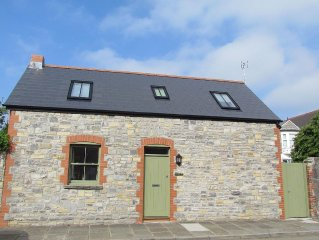 Penarth Cottage Convenient For Cardiff And The Surrounding Countryside