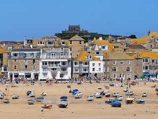 Magnificent balcony, unrivalled sea views of the iconic harbour and St Ives bay