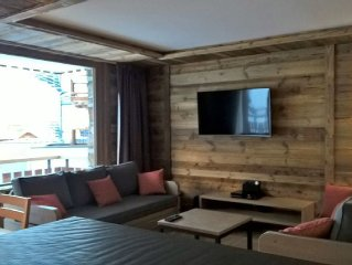 New apartment, 5 bedrooms, 100 meters from the snow front of Tignes Le Lac