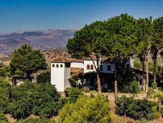 Huge Luxury Finca in the heart of Andalucia - with enormous 16m private pool