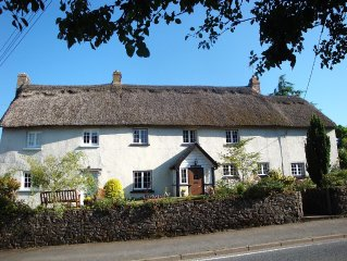 Charming, Grade II Listed, 17th Century Thatched Cottage