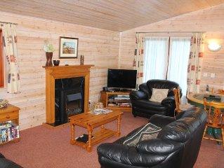 5* Shorefield Park - Fantastic 3 Bed Lodge (Sleeps 6) - BT Sport & Private WIFI