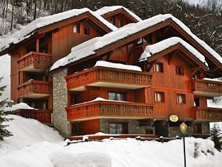 Luxury apartment in chalet in Meribel Village. The slopes. Swimming pool