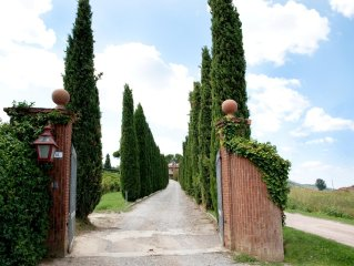 Buon Riposo - Farmhouse in the heart of  Tuscany with free WIFI area