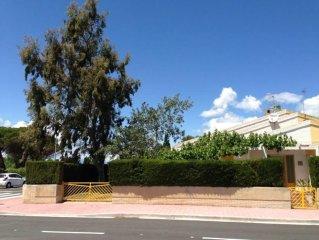 Casa con jardin en urbanizacion Riumar-Deltebre