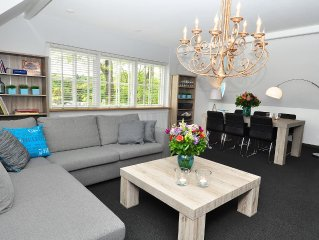 Large two-bedroom apartment close to Amsterdam and Haarlem