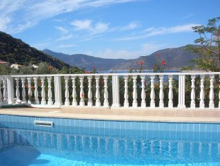 Highly desirable, quality villa with private pool, close proximity to the sea