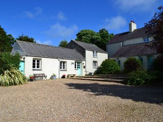 Cottage in Pembrokeshire National Park . Close to beaches, coast paths, castles.