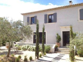 Maison contemporaine de standing en Luberon sans vis à vis