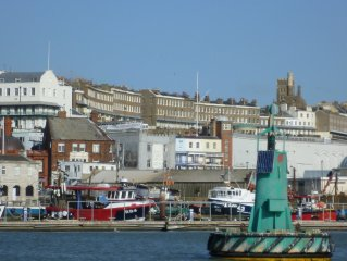 Stunning modern and bright sea-view holiday accommodation in Ramsgate