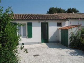 Maison de charme prés de la plage et du centre du village d'Ars en Ré,  Wi-Fi