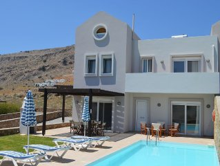 Villa with Private Pool, Secluded Sun-Trap Patio Area and Sea Views