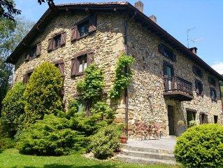 Caserío con encanto a menos de 11 km de San Sebastian, gran jardín