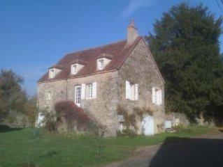 Maison ancienne avec jardin