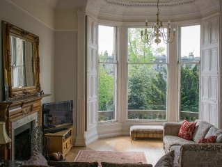Beautiful Georgian crescent in the prestigious West End, with garden & real fire