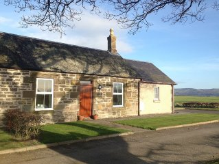 A lovely cottage in a rural setting close to Dundee and Perth