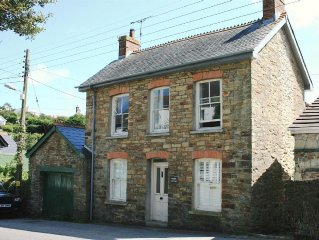 traditional cornish 3 bed cottage, open fires, amazing coastal walks