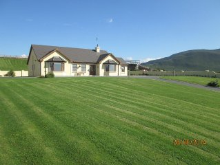 Beautiful,peaceful located cottage, ideal base for touring kerry,Wifi