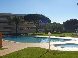 T1 em Vilamoura em condominio privado com jardim e piscina