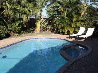 Tropischer Garten, herrlicher privater Pool, ruhige Lage am Strand / Meer