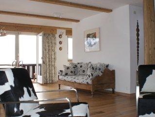 Einmalige Bergaussicht, am Fusse des Eiger, Alpenchic-Wohnung mit neuer Küche