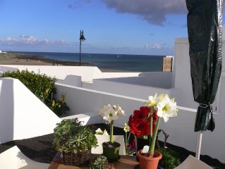 Holiday house, bungalow on the beach, sea views, Luxusausstattg., Patio, garden
