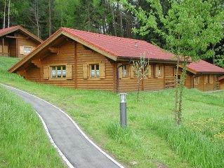 Blockhütte Ferienhaus Chalet Blockhaus Bayern Bayerischer Wald Hund Familie Ruhe