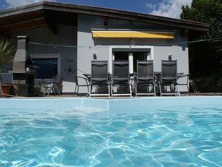 Grosses Ferienhaus, Berghutte mit Pool, Bergpanorama, Internet, Nahe Skigebiet