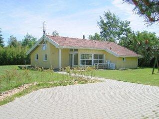 Grosses Ferienhaus mit Sauna und Whirlpool nahe zum Strand, Haustiere willkommen
