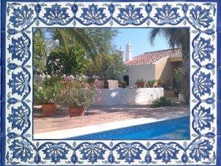 Gastehaus einer Quinta im traditionell portugiesischen Stil