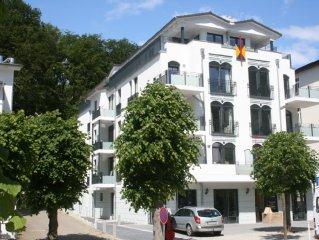 Luxus-FeWo, Wilhelmstr. Bestlage, 200m zum Strand, grandiose Aussicht, Balkon